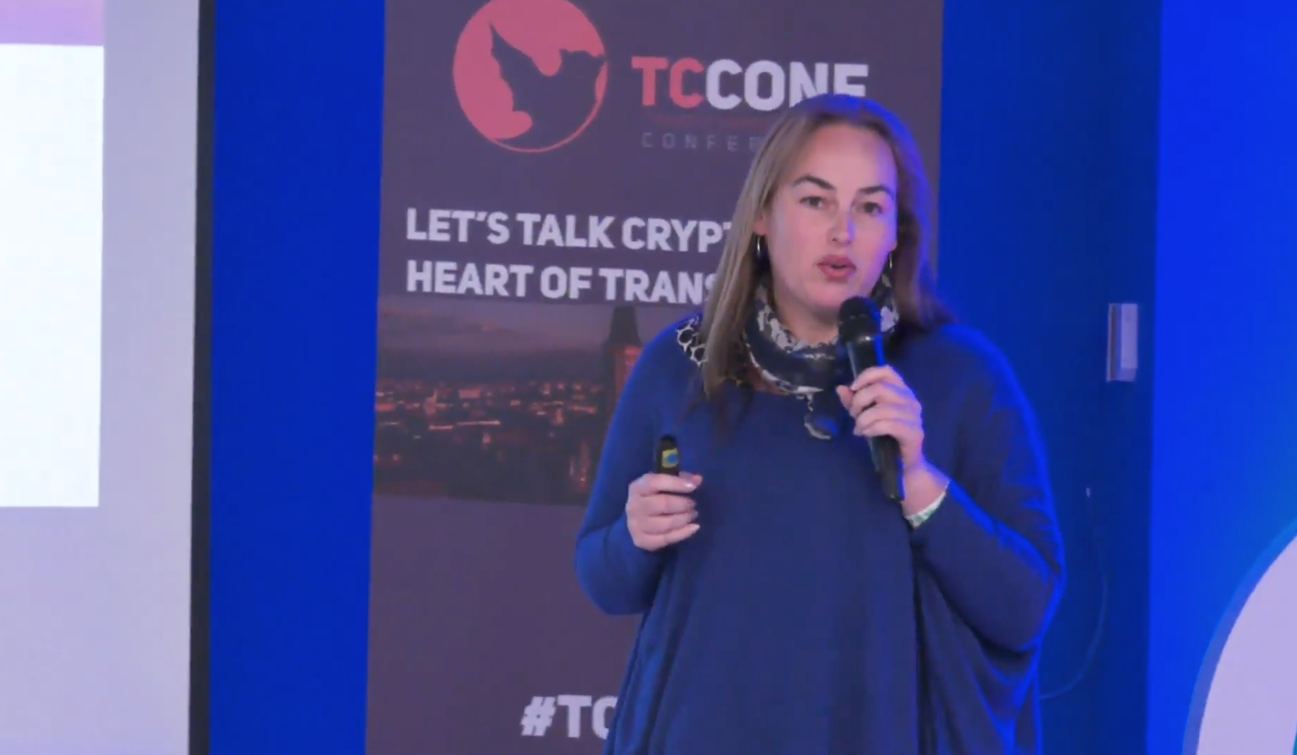 Image of Victoria Speaking at the TCCONF in Romania